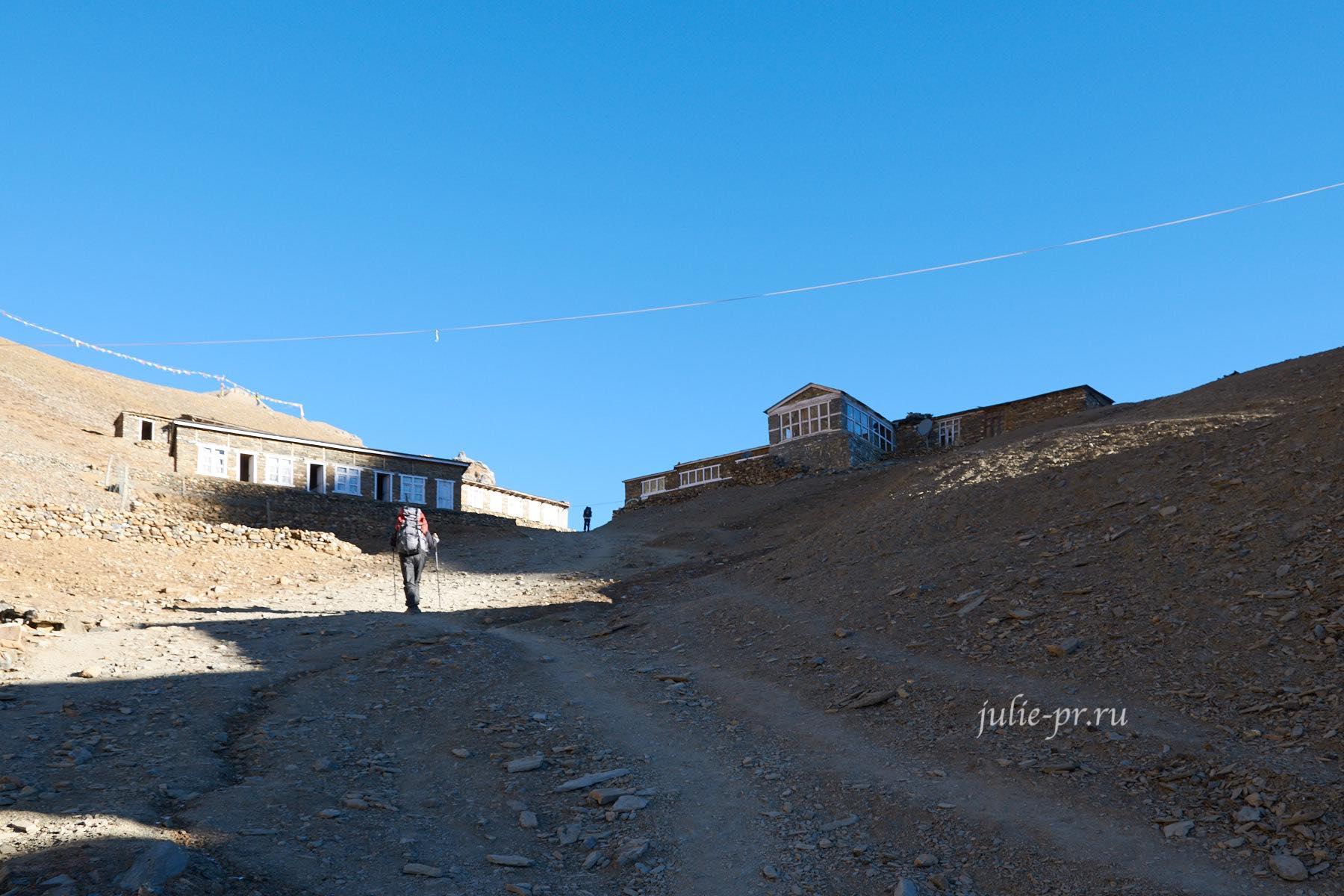 Непал, Торонг-Ла, Подъём к Верхнему лагерю