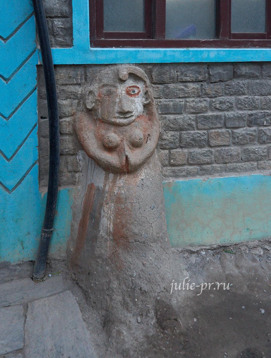 Непал, Кагбени, Скульптура