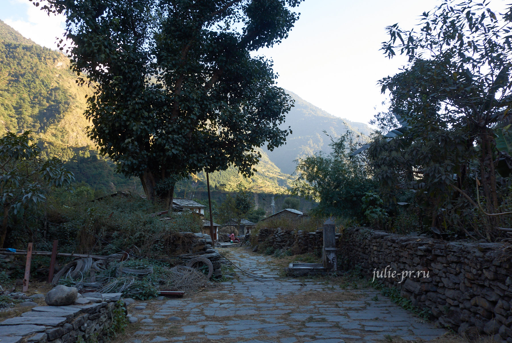 Непал, Трек вокруг Аннапурны, Suke Bagar