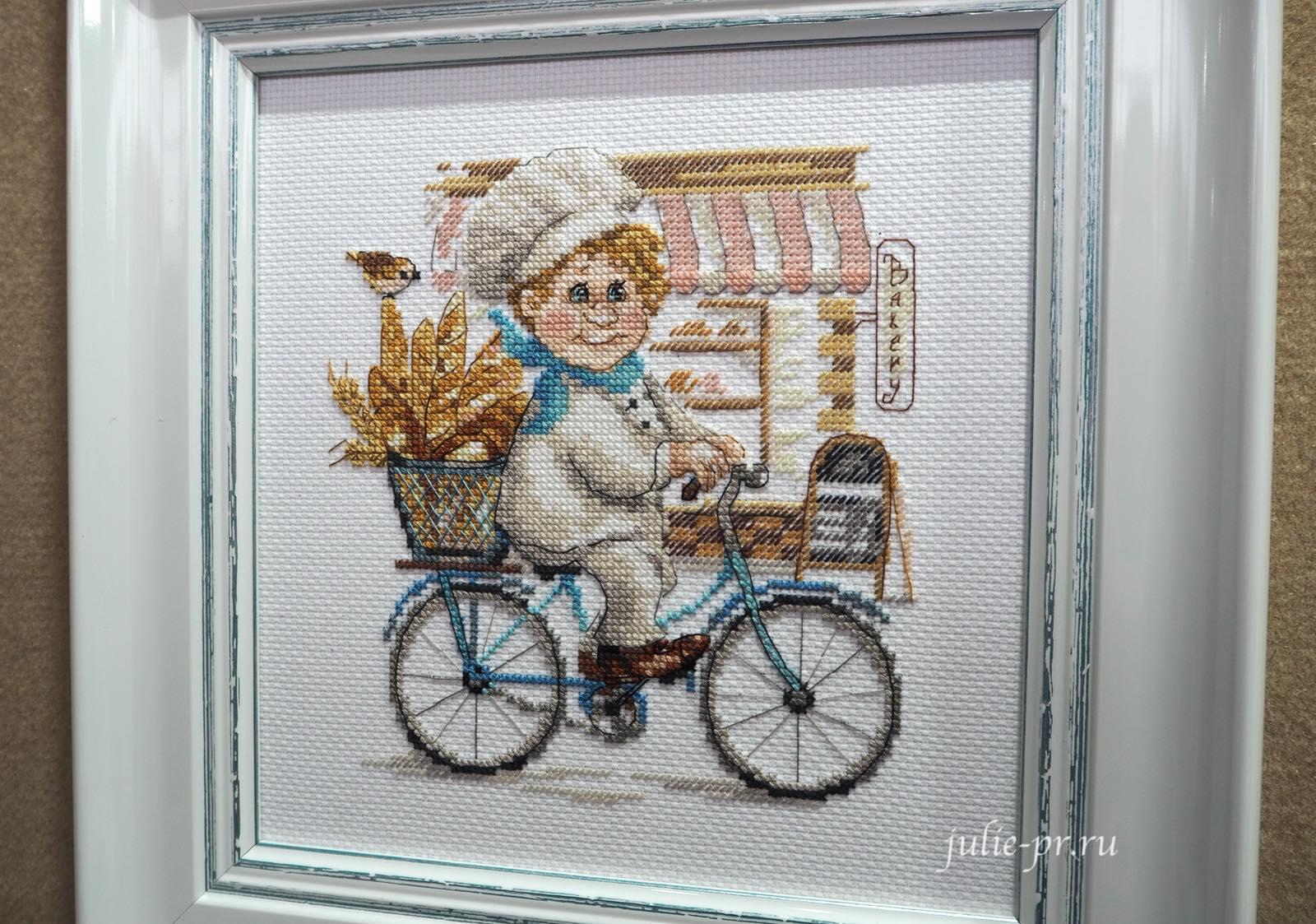 Алиса, вышивка крестом, повар, пекарь на велосипеде