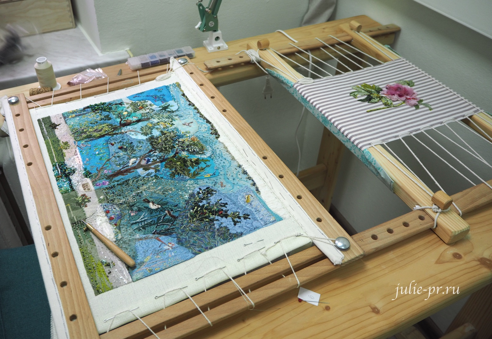 Пион, Катерина Мороз, кутюрная вышивка, сад Ливии, совместный проект