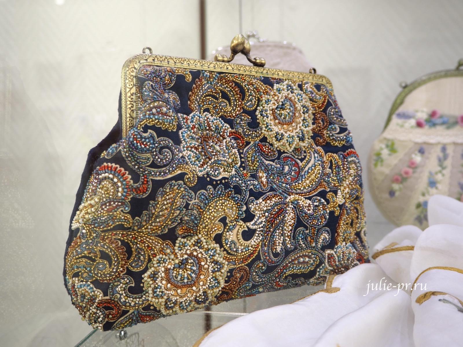 Клатч, сумка, вышивка бисером, выставка, Иголочка тонка, да достаёт до сердца, Санкт-Петербург,