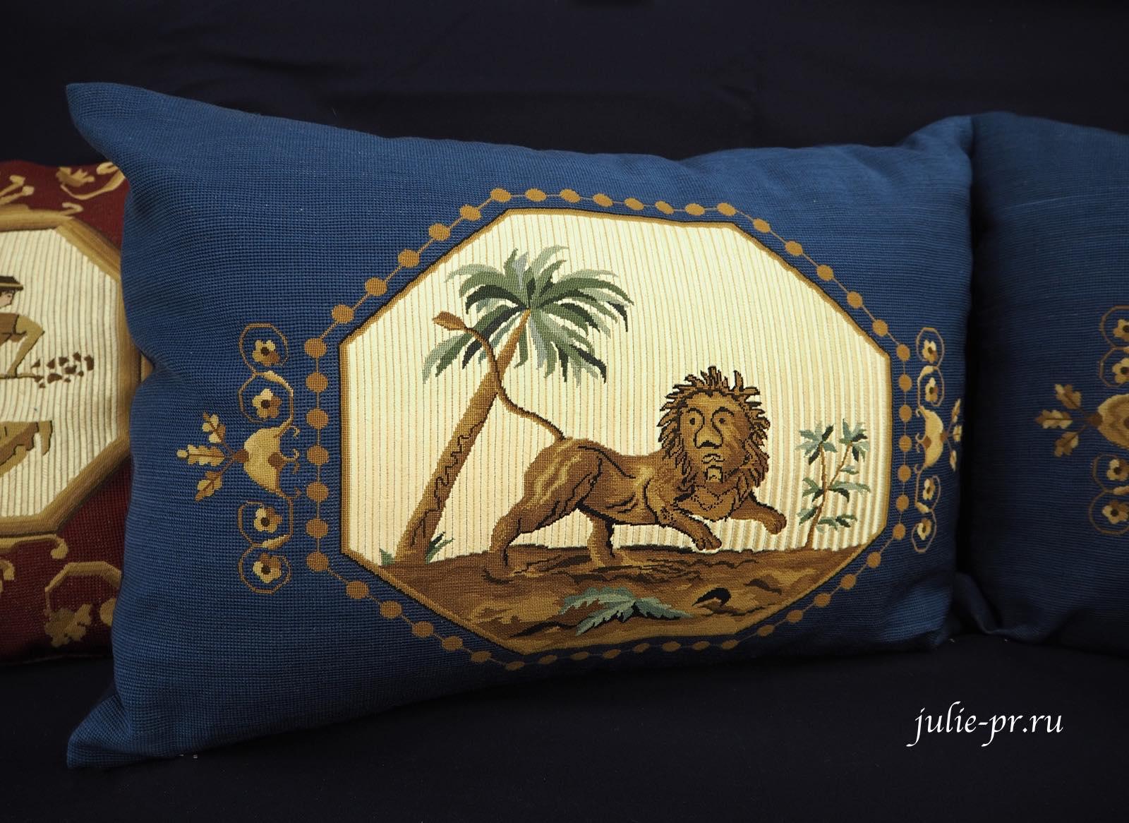 выставка, вышивка, историческая реконструкция, подушки, Иголочка тонка, да достаёт до сердца, Санкт-Петербург,