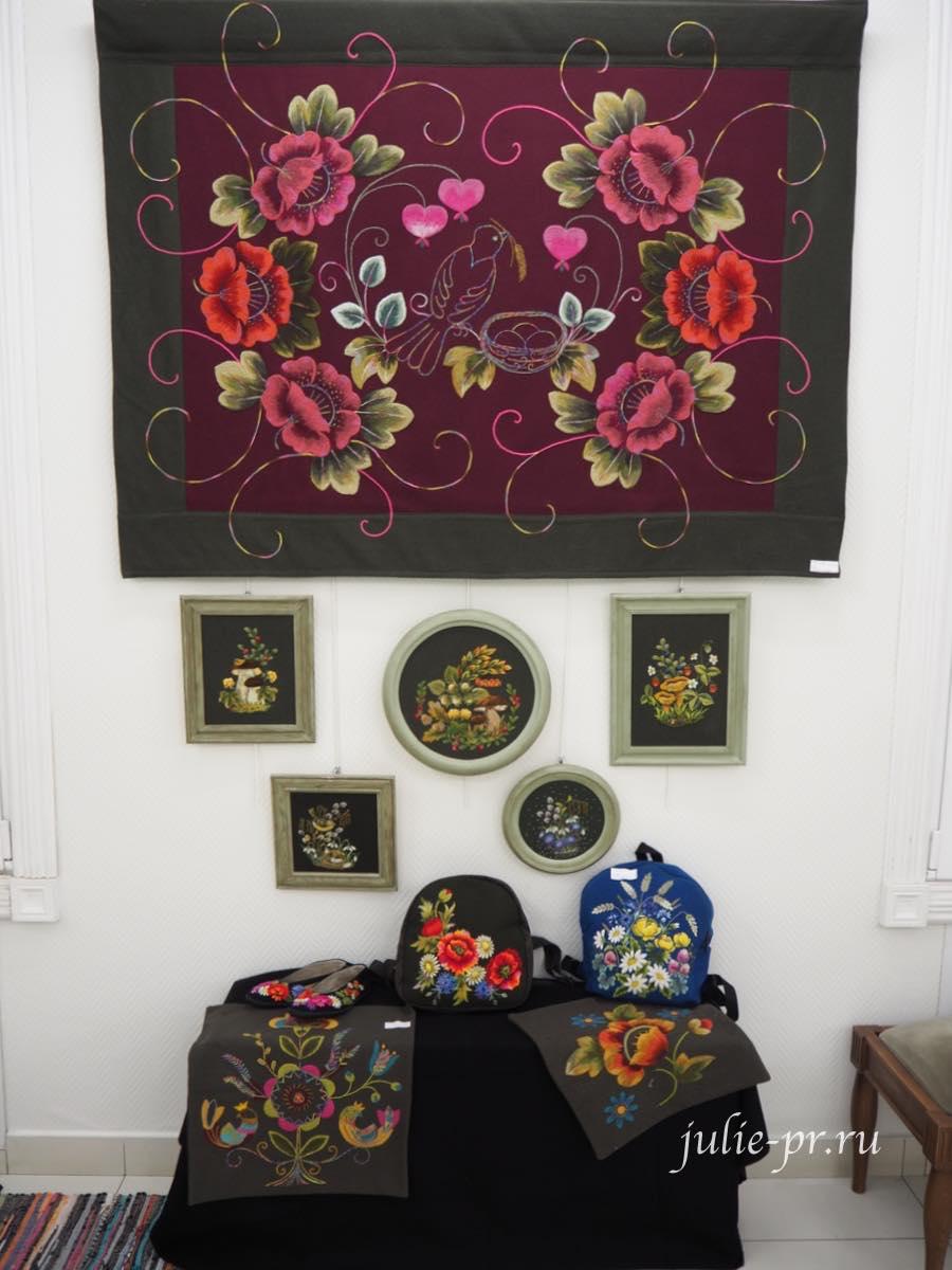 мухуская вышивка, Елена Падьюс, эстонская вышивка, выставка, Иголочка тонка, да достаёт до сердца, Санкт-Петербг