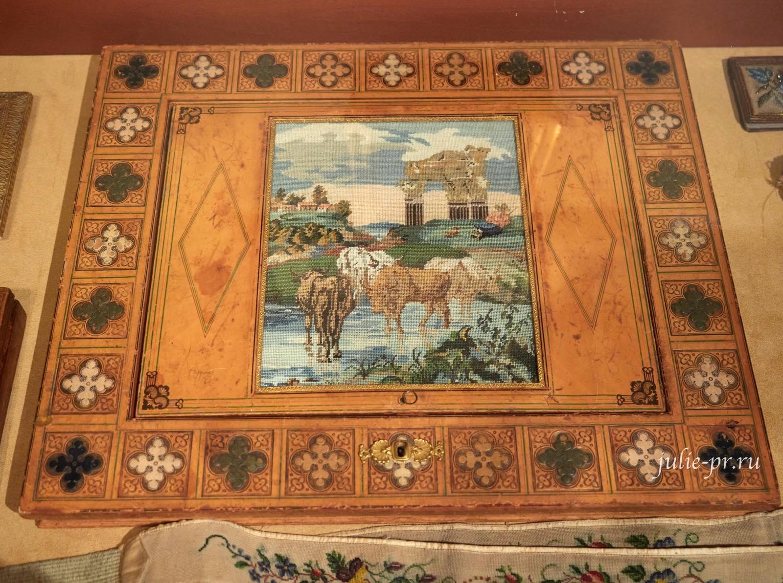 вышивка крестом, выставка Старинные вышивки
