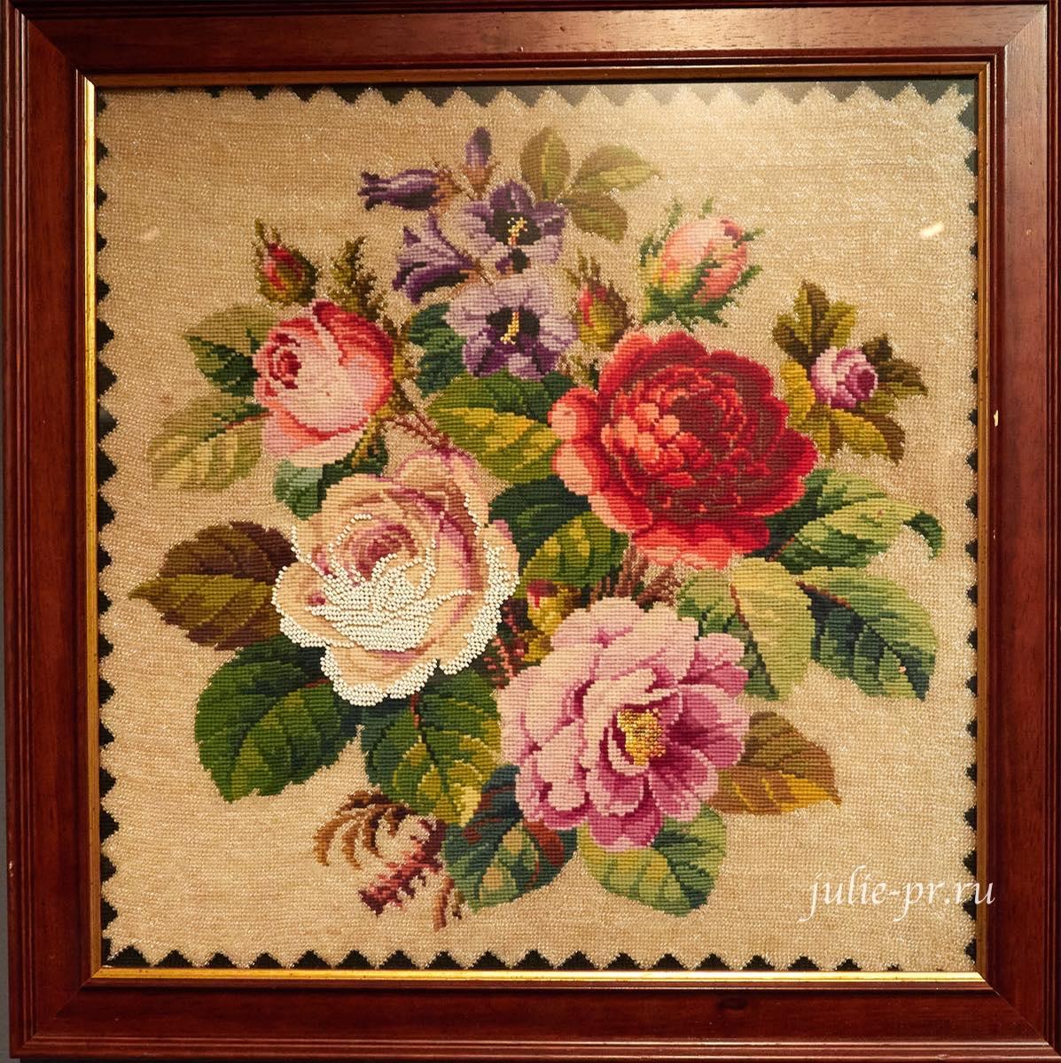 Цветочный букет, 1850-е гг, Франция, вышивка гарусом и венецианским бисером, выставка Старинные вышивки