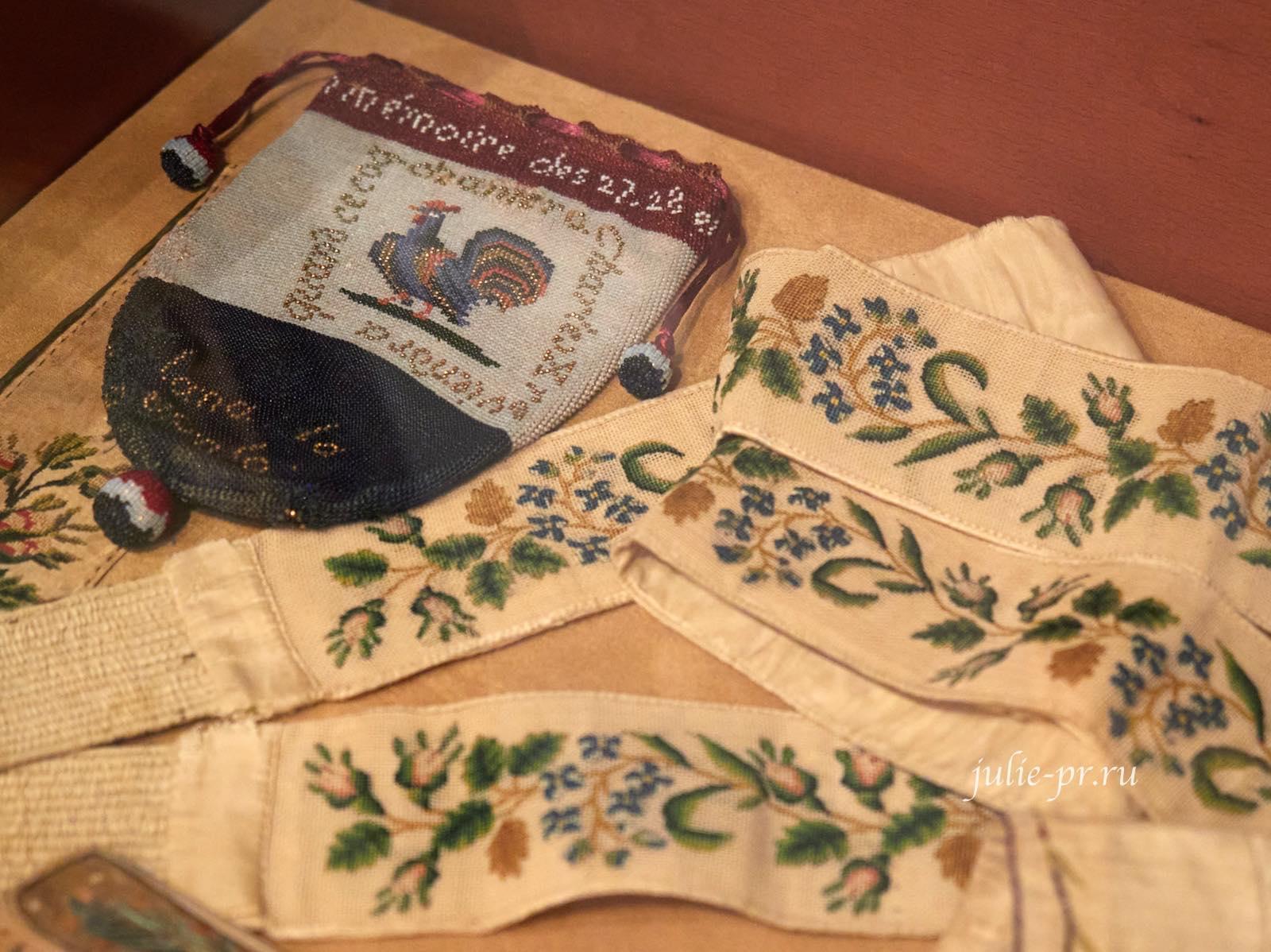 Подтяжки, начало XIX века, Франция, вышивка petit point, музей Тропинина, выставка Старинные вышивки