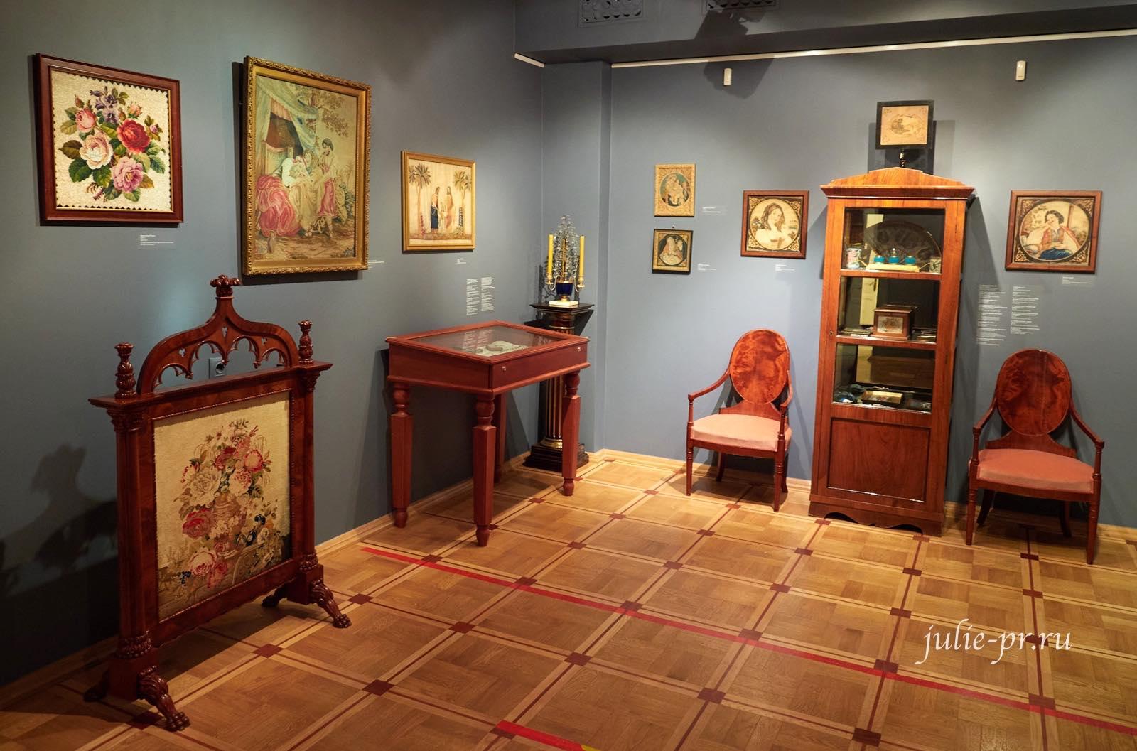музей Тропинина, выставка Старинные вышивки