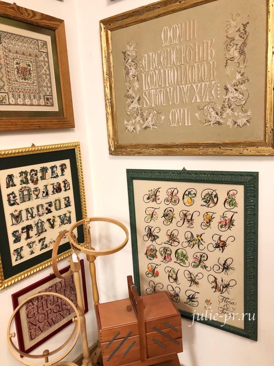 Рукодельный магазин Ricamo & Cucito, Флоренция, Италия, вышивка крестом, испанский семплер, Sandy Orton