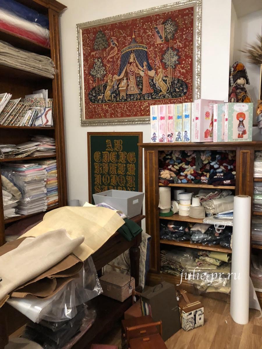 Рукодельный магазин Ricamo & Cucito, Флоренция, Италия, вышивка крестом, Дама с единорогом