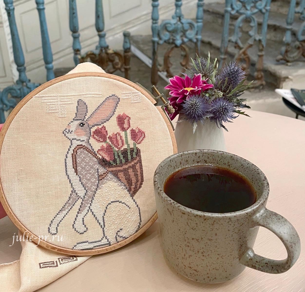 вышивка крестом, примитив, Cottage Garden Samplings, Basketful of Love, A time for all seasons 4, заяц с корзиной тюльпанов, тюльпаны, корзина любви, кофейня Gotcha