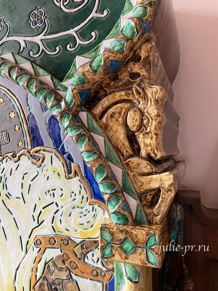 Дом Бажанова, Санкт-Петербург, Марата 72, Михаил Врубель, Камин Вольга и Микула