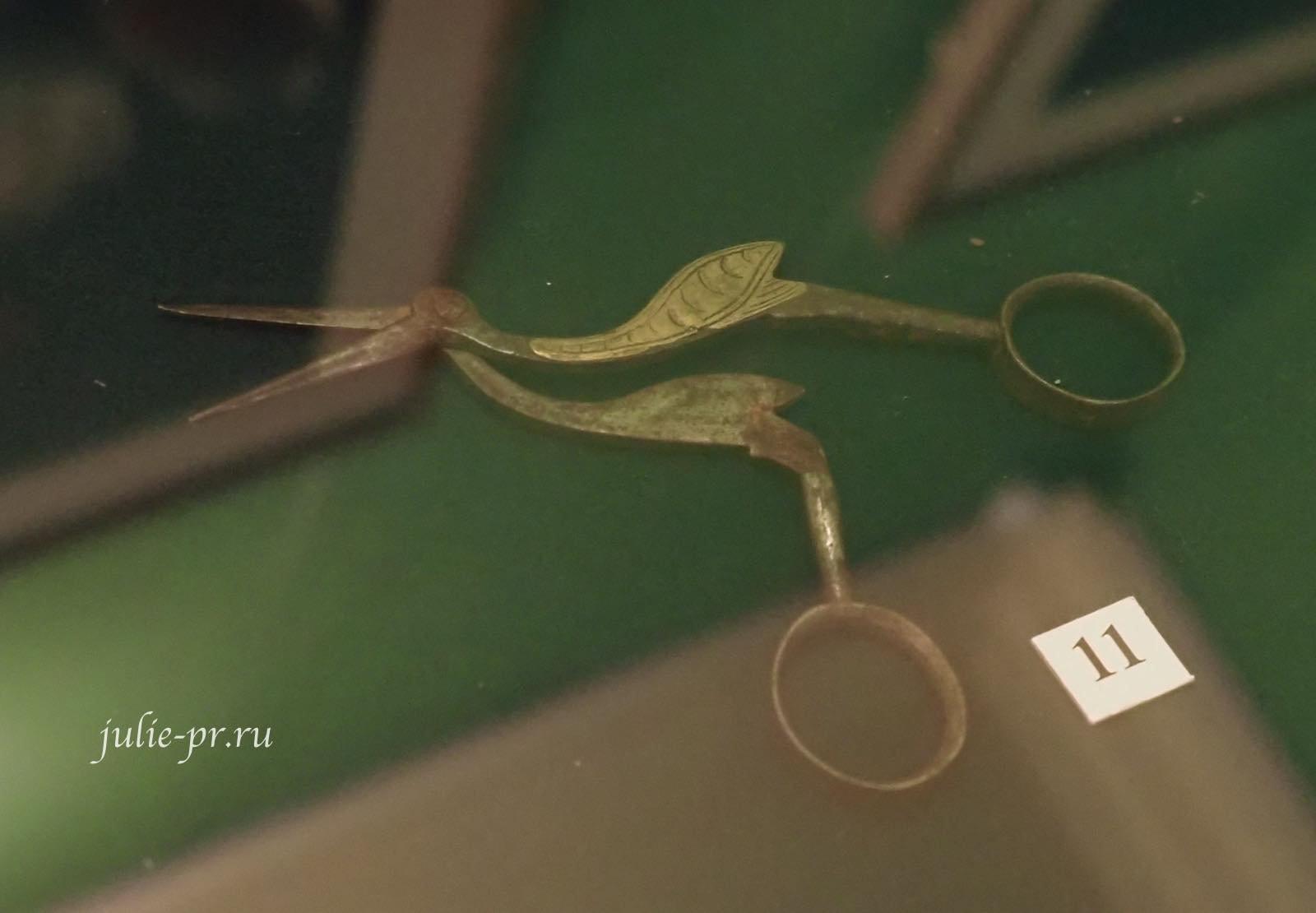Цапельки, Зажим для придерживания золотой канители, чтобы избежать соприкосновения с пальцами, Россия, 2я половина XIX в.