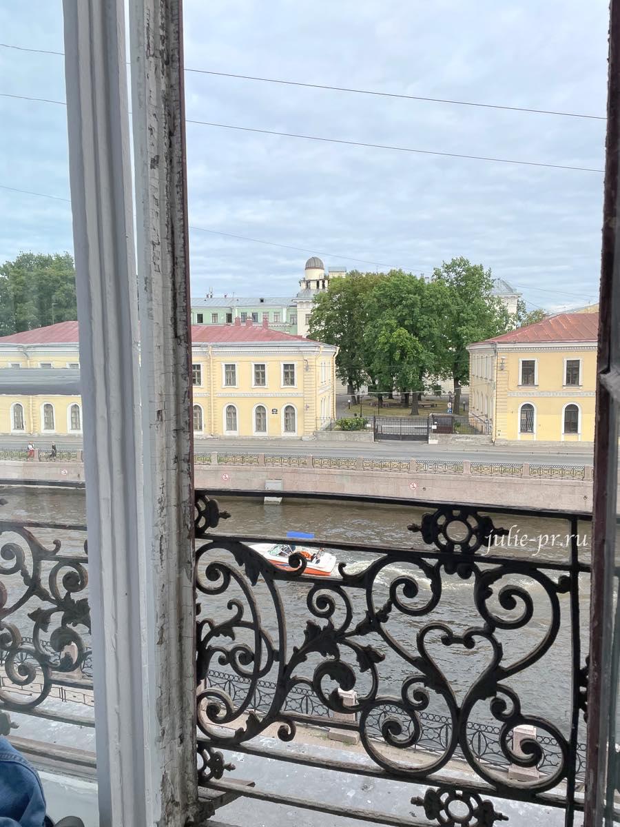 Открытая парадная, Санкт-Петербург, Набережная реки Мойки, 67-69