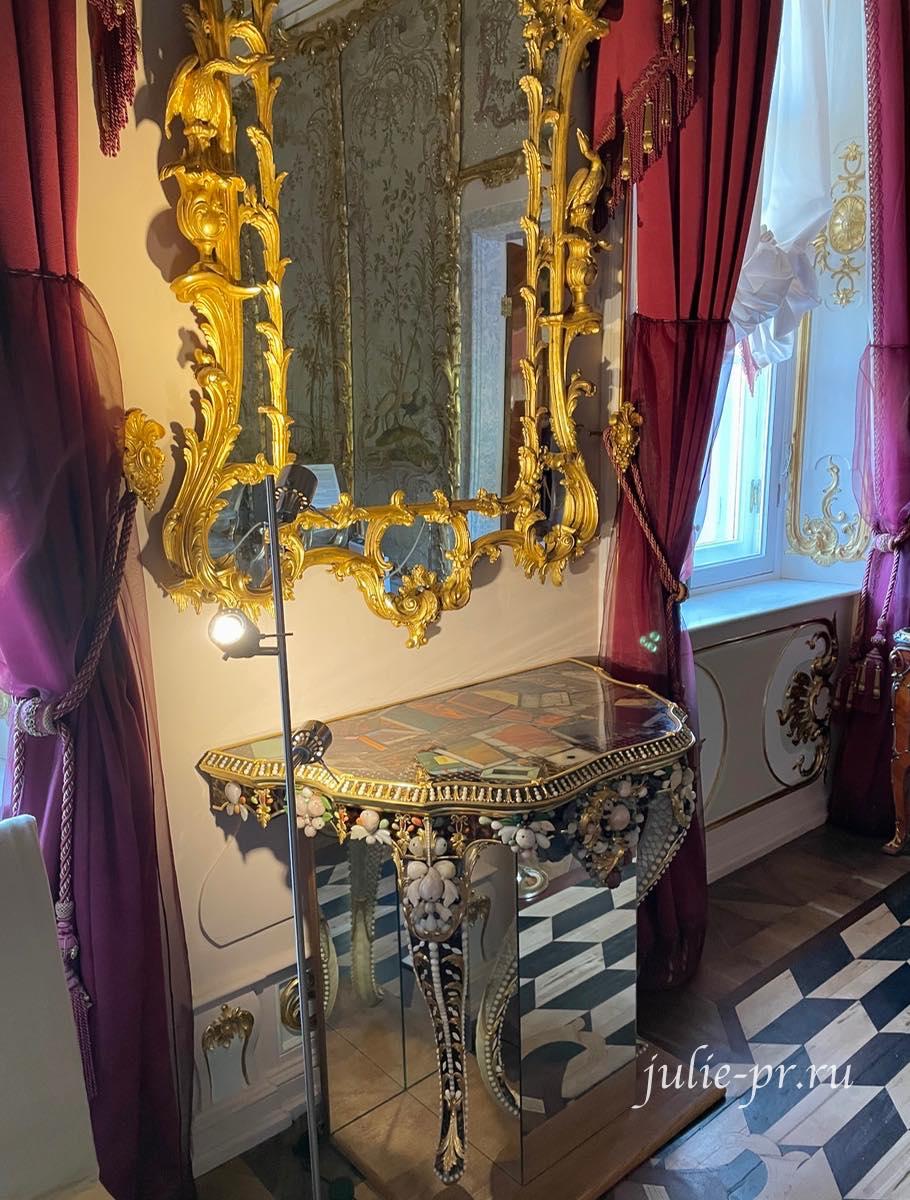 Столик, декорированный смальтой, Ораниенбаум, Ломоносов, Китайский дворец, стеклярусный кабинет