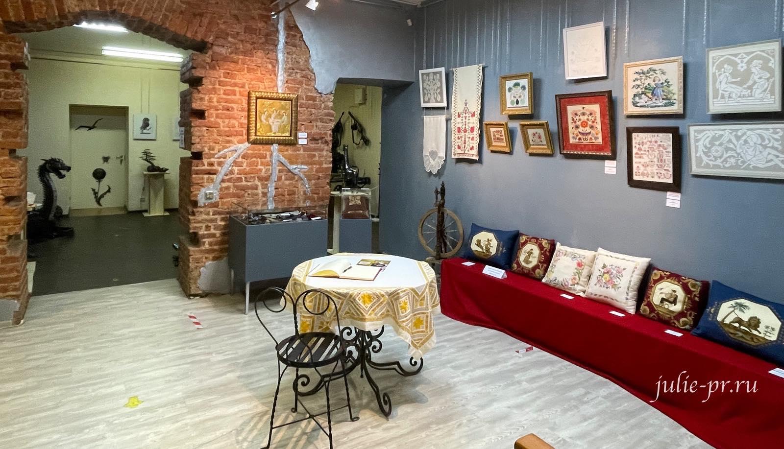 Выставка Цветная матрица мечты, Музей Русский Левша, вышивка, Санкт-Петербург